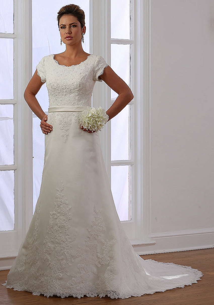 Lace Trumpet Modest Wedding Dresses With Cap Sleeves Round Neck Short Sleeves Country Western Bridal Gowns Vestidos De Novia