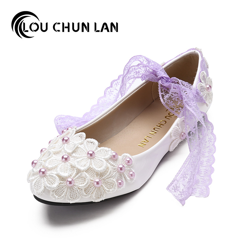 High Quality Lace Belt White Flat Bridesmaid Shoes Pearl bandage Bride medium hells Shoes Low-Heeled Shoes dull Female Party<br>