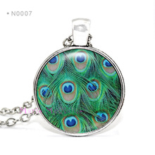 (10 PCS/lot) Peacock Feather Necklace Peacock Glass Cabochon Pendant Necklace - 6 Pendant Tray Colors to Choose 25MM Cabochon(China)
