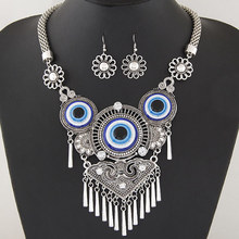 European and American necklace retro personality turquoise blue eyes collarbone necklace