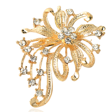 2017 Hot Fashion Women Rhinestone brooches woman Alloy Brooch Silver and nice plated Flower Pins Wedding jewelry on sale(China)