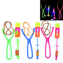 Slingshot Fly LED Toys Light Kids Shot Catapult Bright Spin Wholesale Glow Flare Arrow Helicopter Christmat Gift Toys