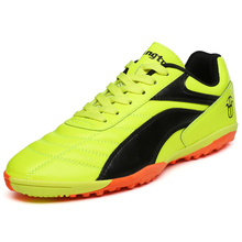 2017 Hot Sell Men Soccer Shoes For Artificial Turf Football Boots For Children Black Orange Kids Leather Football Cleats Cheap(China)