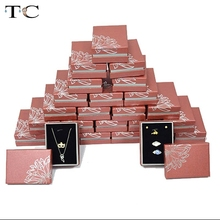 Free shipping Paper Sponge Insert Fashion Jewelry Display and Packaging Gift Pendant Necklace Box(China)