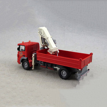1/60 Scale Diecast Alloy and Plastic Transporter Truck Vehicle Models Car Model Toys Collections and Displays Red and Yellow