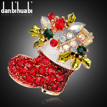 Brooch vintage brooch pins female fashion rhinestone pins and brooches for women christmas sock broches jewelry fashion(China)