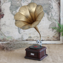 Retro gramophone model Home Furnishing iron bar cafe room office decor decoration