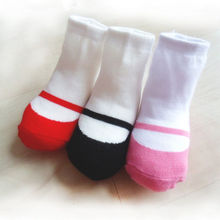 1 Pair Cute Baby Girls Newborn Floor Socks Crib Soft Cotton Shoes Comfortable Breathable Anti-slip Boots Socks For 0-24 M(China)