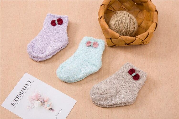 جوارب مبطن للاطفال لشتاء دافئ 4