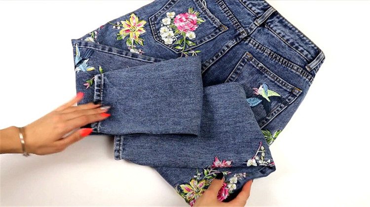 2018 Women's Three-dimensional 3D Heavy Bird Flower Embroidery High waist Slim Straight jeans Large yards (15)