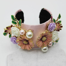new fresh flowers pearl bracelet accessories bangle fashion catwalk models temperament Baroque 0632(China)