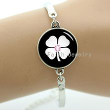 Good luck Irish clover bracelet four leaf clover symbol of lucky two picture choices best gifts to give best friends -1231-1232