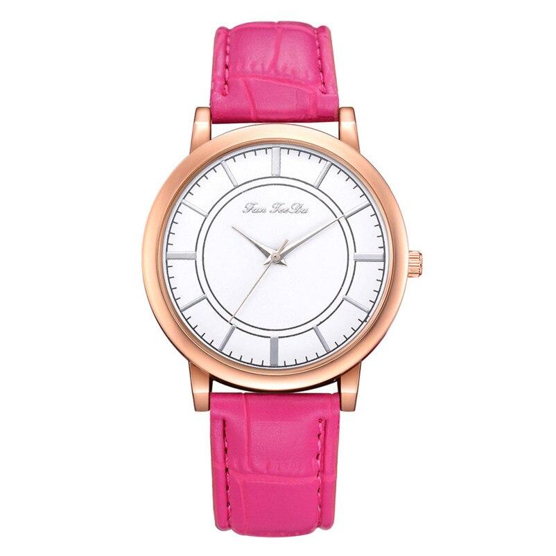 2018 High Quality women fashion casual watch luxury dress ladies  Analog Quartz Leather bands Wrist Watch clock Relogio Y11 (3)
