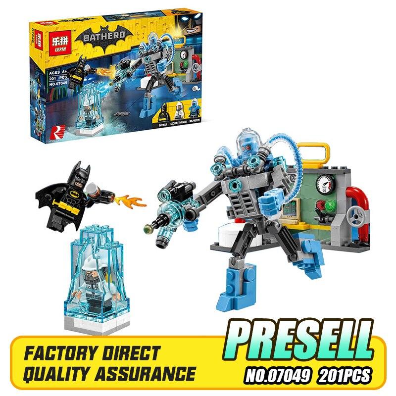 Lepin 07049 201Pcs Genuine Batman Movie Series The Freeze Ice Attack Set Building Blocks Bricks Educational Toys Gift 70901<br><br>Aliexpress