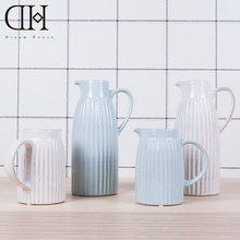 Europe vintage ceramic vase white flower vase home decoration blue porcelain vase wedding decoration floor vase flower bottle(China)
