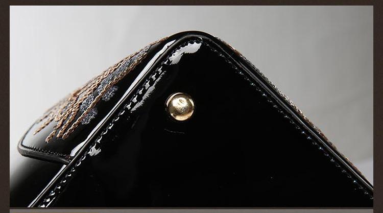 women\`s handbag (12)