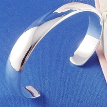 H:HYDE Wonderful design Fashion Women Female Jewelry silver Color smooth Bangles Cuff Bracelets for gifts pulseiras