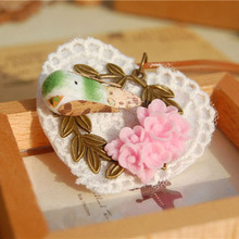 Cute White Lace Heart Shaped Necklaces Green Bird Pink Flowers Copper Olive Leaf Handmade Long Pendants Necklace nxl003