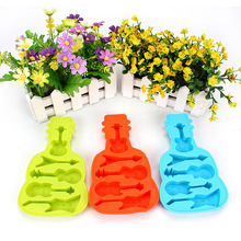 New Creative Guitar Shaped Ice Box DIY Homemade Ice Cream Popsicles Mold Silicone Products Kitchen Making Ice Tray Ice #WL099