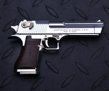 1/2.05  high simulation metal handgun Desert Eagle gun police  toy pistol gun model gift for boys