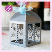 50psc/lot snow winter theme party wedding laser cut snowflake Romantic Wedding Gift and favors Box mini candy package box