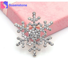 2017 Vintage Brooch Pin Crystal Rhinestone Big Snowflake Winter snow Theme Christmas Brooches Wholesale&Retail Drop shipping