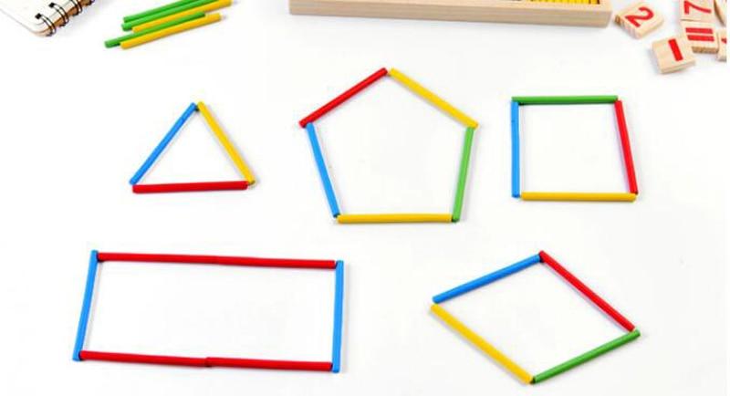 Formas geométricas feitas com as varetas.
