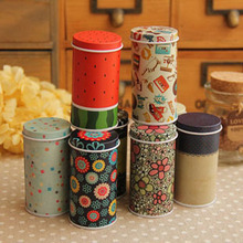 Free shipping New 2013 Zakka Mini fullpainted cylinder candy tin box Children sugar box Children's Christmas gift recommendation
