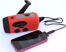 Hand Crank AM/FM Solar Radio Dynamo Emergency Phone Charger 3 LED Flashlight