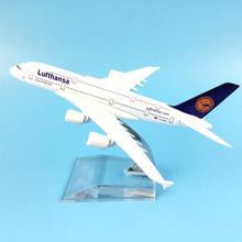 Air Passenger plane model A380 Lufthansa aircraft A380 16cm Alloy simulation airplane model for kids toys Christmas gift(China)