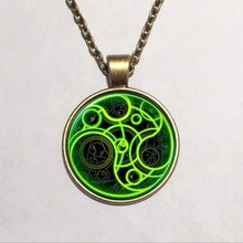 Steampunk UK drama doctor who green line time lord Necklace 1pcs/lot bronze / silver Glass Pendant jewelry dr who chain iron man