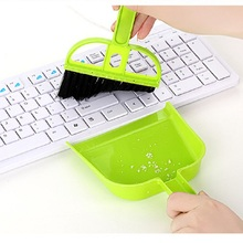 2pcs/set Mini Desktop Cleaning Brush Keyboard Brushes Computer Brush Dustpan Small Broom Set WA0749(China)
