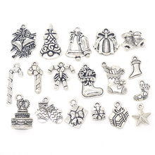 18pcs/set Mixed Antique Silver Xmas Theme Merry Christmas Stocking Gift Present Box Candy Cane Charms DIY Pendant Jewelry Making