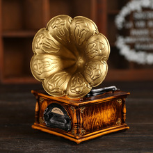 Creative Fashion Ornaments Home Furnishing Painted Carved Retro Gramophone Piggy Resin Crafts