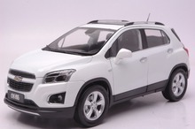 White 1:18 Diecast Model for GM Chevrolet Chevy TRAX Mini Alloy Toy Car Collection Gifts(China)