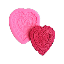 Lovely Cake Decorating Loving Heart Lace Shaped Fondant Sugar Art Tools DIY Cake Decorating Tools 3D Silicone Mold FM1027