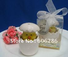 50sets/lot Novelty gift baby shower favors about to hatch chick salt pepper shakers Party Souvenirs(China)