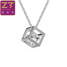 2017 Collier Fashion Geometric Cubes Chokers Necklace Three-dimensional Square Rhinestones Pendant Necklacce For Women Jewelry(China)