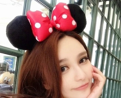 South Korea is easy with new Disney Mickey ear headbands cute cartoon red bow hair accessories souvenirs(China (Mainland))