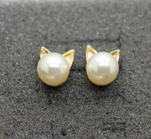 Timlee E068 Free shipping Cute Imitation Pearl Cat Head Studs Earrings wholesale HY(China)