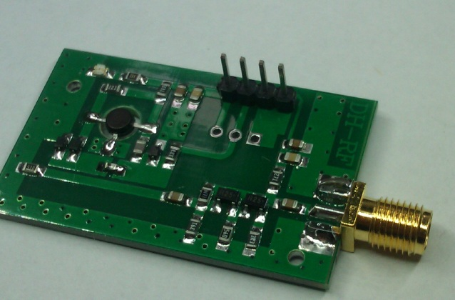 RF voltage controlled oscillator RF oscillator frequency source broadband 515MHz---1150MHz VCO<br>