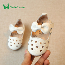 Claladoudou 0-3Y White Baby Girl Sandals For Kids Girls Hollow Summer Infant Shoes Genuine Leather Princess Children's Sandals