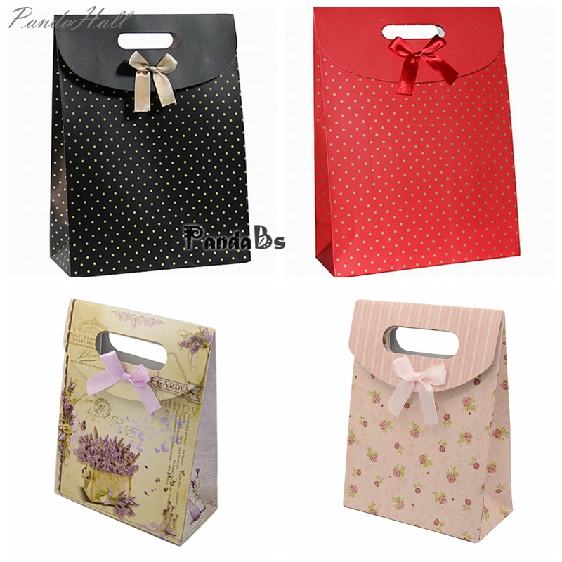 16.5x12.5x5.6cm Beige Polka Dot Black Red Tower Pattern Paper Pouch Gift Bags(China (Mainland))