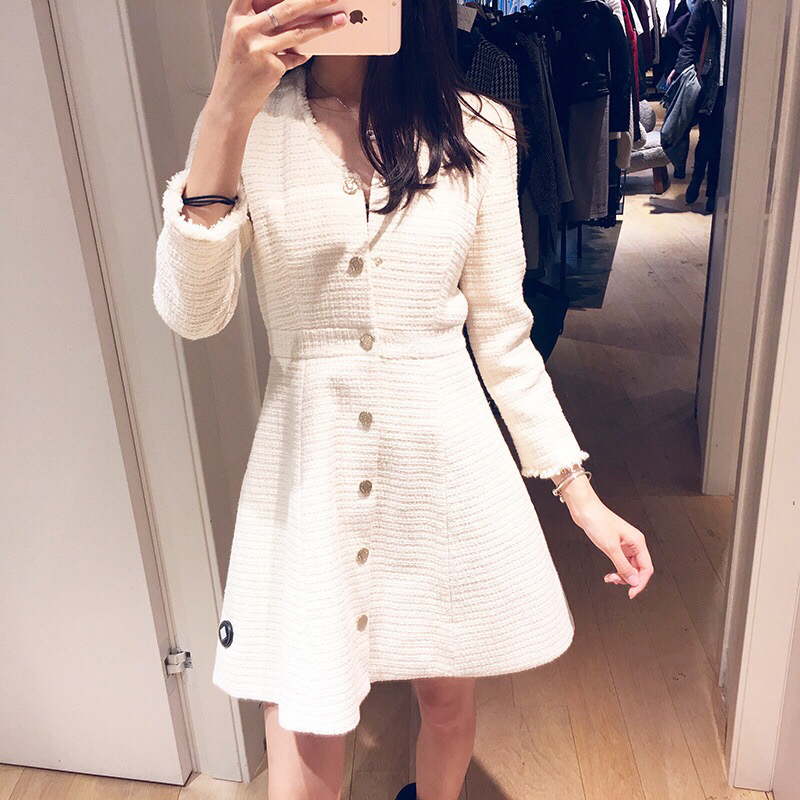 2019 Spring princess style V neck long sleeve single breasted women woolen long coat