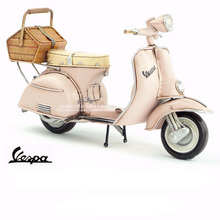 Brand New Handmade Motorcycle Model 1965 VESPA Metal Motorbike Artefact Model Toy For Collection/Gift/Decoration
