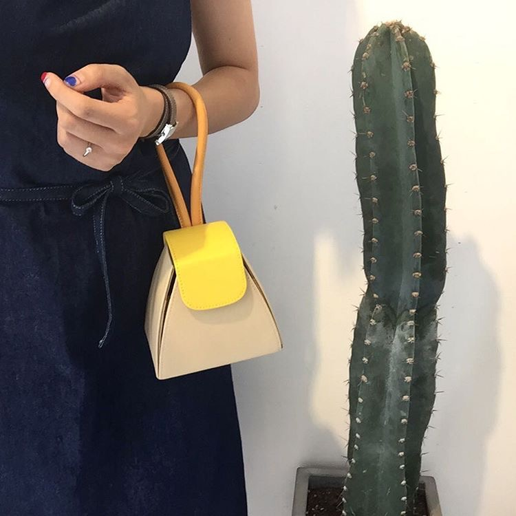 Original design korean atelier park shoulder bag vintage candy color handle bag with chain small bag contrast color patchwork <br><br>Aliexpress