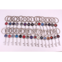 Drop shipping 31styles Chiefs Cardinals Bears Raiders Colt Bengals Lions Browns Rams football team Logo sport Key charm keychain