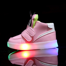 Girls Shoes With Light Led Boys Sneakers 2017 Spring Cartoon Lighted Sport Casual Girls Shoes Chaussure Led Enfant Size 21-30(China)