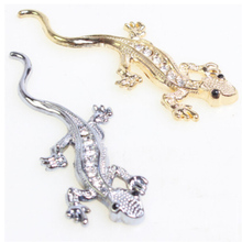 (30 pieces/lot ) Wholesalw Decals 3d Metal Gecko  with diamond stickers for Car gold silver Cool decal on car