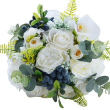 Green Alternative Wedding Centerpieces Toss Bouquet White Roses Bridal Flower with Berries Mountain Meadow Wedding Bouquet FE48